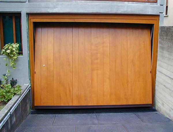 Porte Basculanti Legno-1c