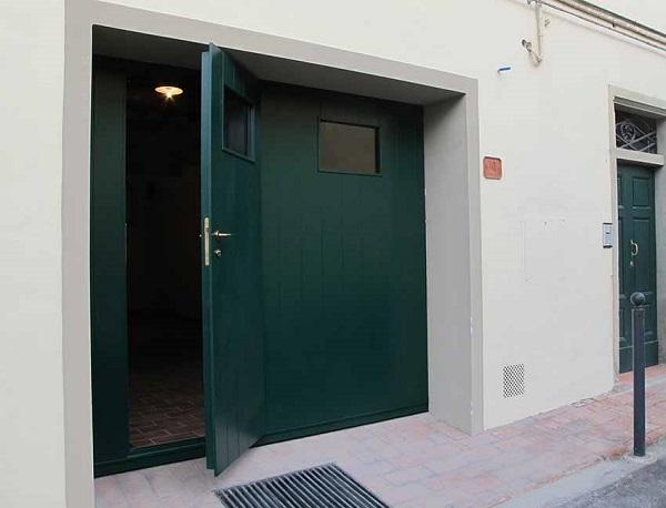 Porte Basculanti Legno-1d