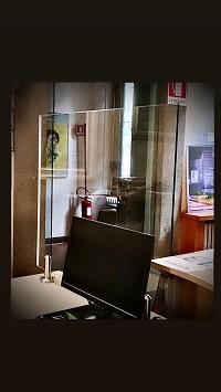 Barriera parafiato in vetro antinfortunistico